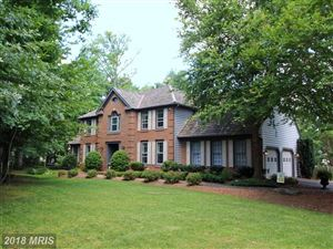 Photo of 6400 WOODLAND RUN CT, CLIFTON, VA 20124 (MLS # FX10223247)