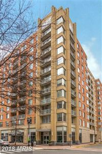 Photo of 1020 HIGHLAND ST #804, ARLINGTON, VA 22201 (MLS # AR10157268)