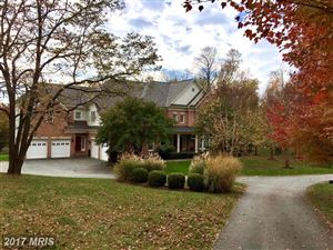 Photo of 421 WALKER RD, GREAT FALLS, VA 22066 (MLS # FX10079282)