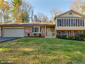 Photo of 1122 EDWARD DR, GREAT FALLS, VA 22066 (MLS # FX10111295)