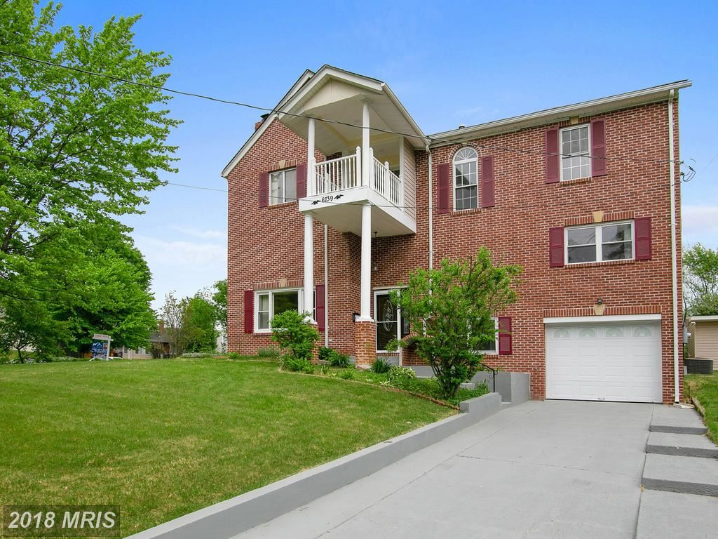 Photo for 6739 BOSTWICK DR, SPRINGFIELD, VA 22151 (MLS # FX10240303)