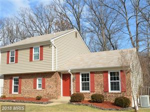 Photo of 6017 FRANCONIA FOREST LN, ALEXANDRIA, VA 22310 (MLS # FX10156311)