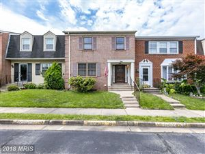 Photo of 7479 COVENT WOOD CT, ANNANDALE, VA 22003 (MLS # FX10271327)