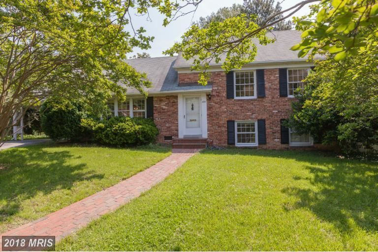Photo for 602 OAKLEY PL, ALEXANDRIA, VA 22302 (MLS # AX10253337)