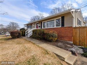 Photo of 503 VALLEY DR SE, VIENNA, VA 22180 (MLS # FX10131350)