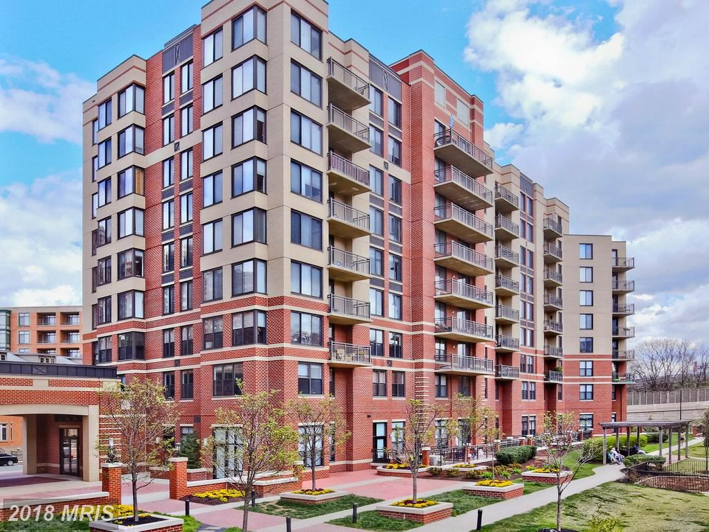 Photo for 2220 FAIRFAX DR #810, ARLINGTON, VA 22201 (MLS # AR10261352)
