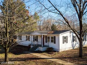 Photo of 1504 Lakeview DR, COLONIAL BEACH, VA 22443 (MLS # WE10162355)
