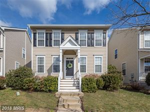 Photo of 25975 GLASGOW DR, CHANTILLY, VA 20152 (MLS # LO10182393)