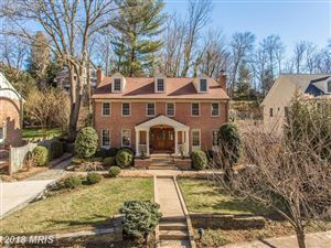 Photo of 415 TIMBER BRANCH PKWY, ALEXANDRIA, VA 22302 (MLS # AX10180394)