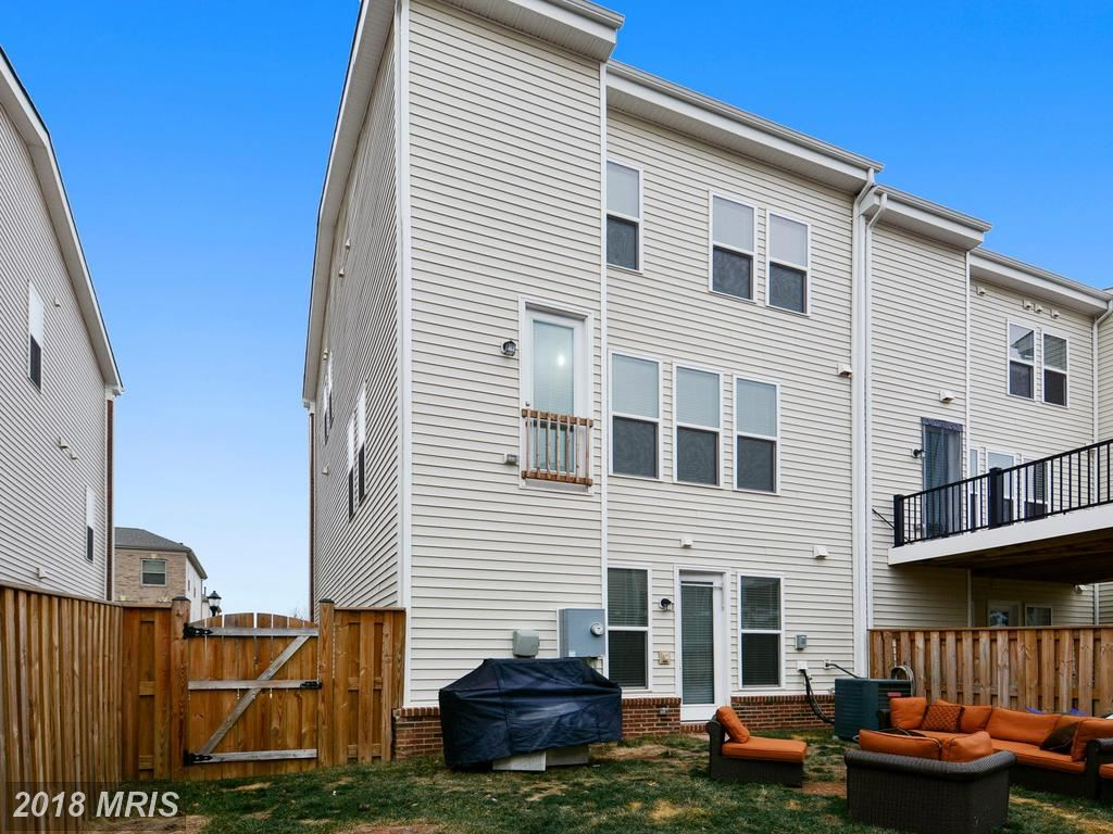 42279 HAMPTON WOODS TER, ASHBURN, VA 20148 (MLS # LO10138409)