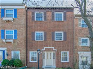 Photo of 14831 LEICESTER CT, CENTREVILLE, VA 20120 (MLS # FX10138416)