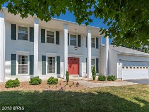 Photo of 4628 SAND ROCK LN, CHANTILLY, VA 20151 (MLS # FX10300417)