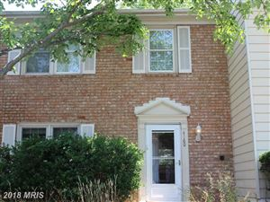 Photo of 4160 HAMLIN CT, CHANTILLY, VA 20151 (MLS # FX10298422)