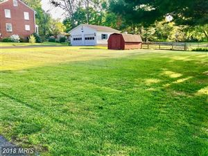 Photo of 121 HALL AVE, PURCELLVILLE, VA 20132 (MLS # LO10236424)