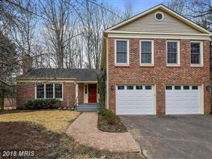 Photo of 6609 BRIAR HILL CT, McLean, VA 22101 (MLS # FX10194425)