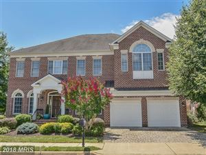 Photo of 8270 TRAILWOOD CT, VIENNA, VA 22182 (MLS # FX10162430)
