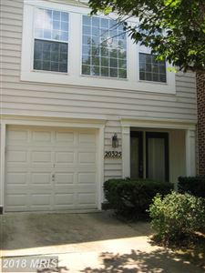 Photo of 20325 TROLLEY CROSSING CT, GAITHERSBURG, MD 20879 (MLS # MC10299442)
