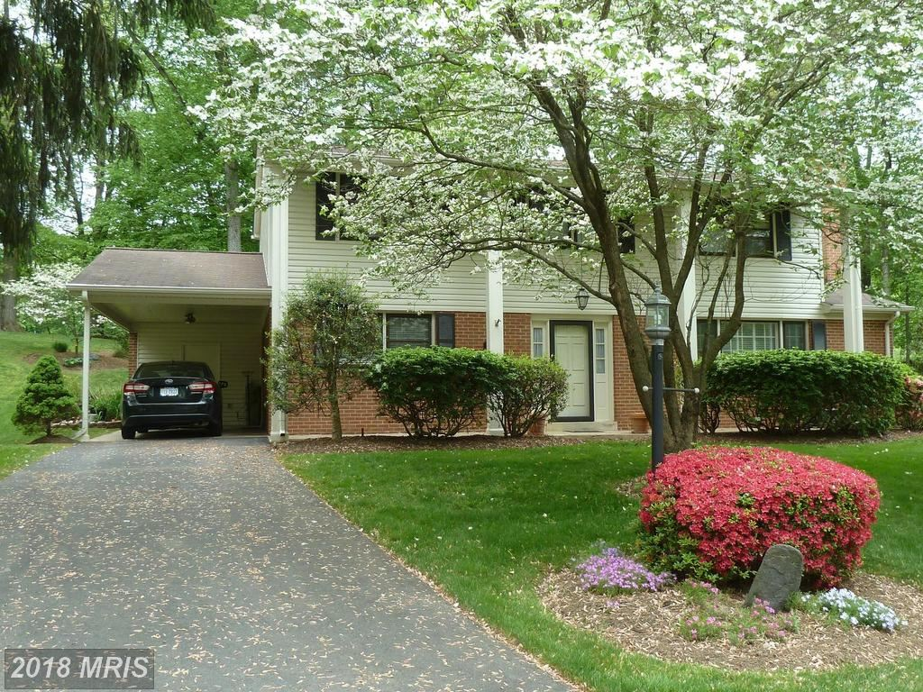Photo for 7020 COTTONTAIL CT, SPRINGFIELD, VA 22153 (MLS # FX10291456)
