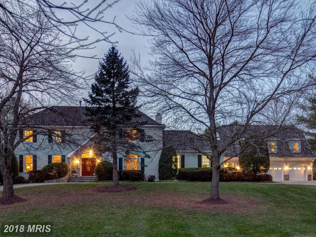 Photo for 8911 SAUNDERS LN, BETHESDA, MD 20817 (MLS # MC10142465)