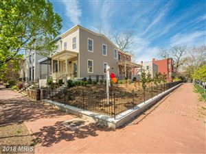 Photo of 401 11TH ST SE, WASHINGTON, DC 20003 (MLS # DC10215469)