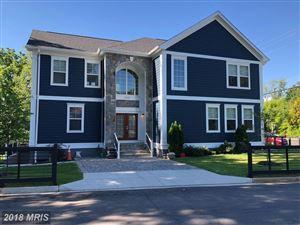 Photo of 1100 ROOSEVELT ST, ARLINGTON, VA 22205 (MLS # AR10272503)