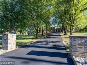 Photo of 11308 HUNTING HORSE DR, FAIRFAX STATION, VA 22039 (MLS # FX10213524)