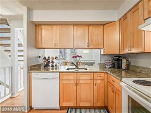 Photo of 1605 HARVEST GREEN CT, RESTON, VA 20194 (MLS # FX10161526)