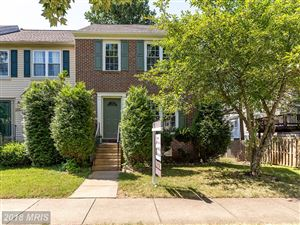 Photo of 5947 BARON KENT LN, CENTREVILLE, VA 20120 (MLS # FX10300527)