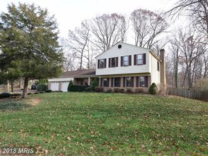 Photo of 12149 HOLLY KNOLL CIR, GREAT FALLS, VA 22066 (MLS # FX10115528)