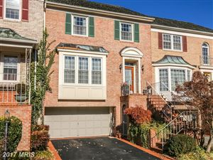 Photo of 8910 BARROWGATE CT, POTOMAC, MD 20854 (MLS # MC10117531)