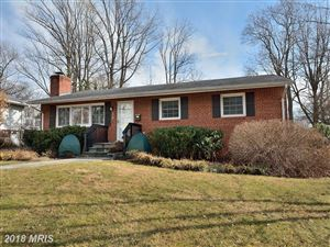 Photo of 506 TAPAWINGO RD SW, VIENNA, VA 22180 (MLS # FX10142602)