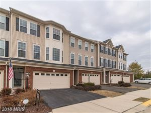 Photo of 25111 BOTTLEBRUSH TER, ALDIE, VA 20105 (MLS # LO10127605)