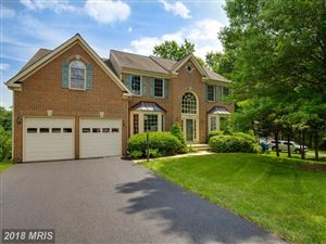 Photo of 8627 CROSS OAKS LN, FAIRFAX STATION, VA 22039 (MLS # FX10259611)