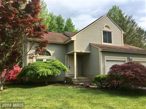Photo of 2960 MOCKERNUT CT, HERNDON, VA 20171 (MLS # FX10189613)