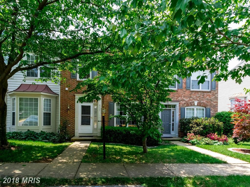 Photo for 6337 BURGUNDY LEAF LN, ALEXANDRIA, VA 22312 (MLS # FX10242620)