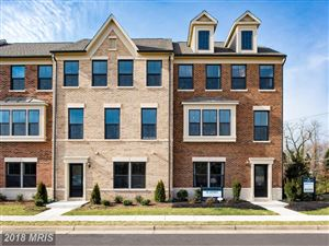 Photo of 3753 SIGNAL KNOB CT, FALLS CHURCH, VA 22041 (MLS # FX10148629)