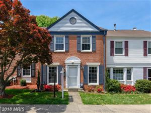 Photo of 48 FENCE LINE DR, GAITHERSBURG, MD 20878 (MLS # MC10240630)