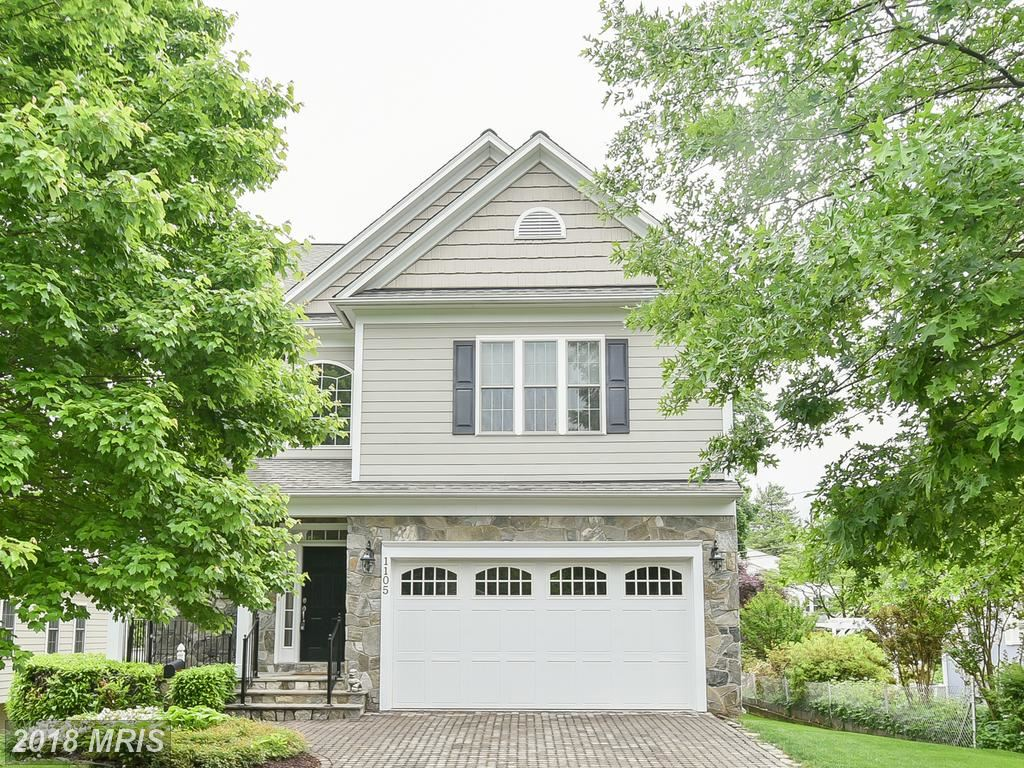 Photo for 1105 TUCKAHOE ST N, FALLS CHURCH, VA 22046 (MLS # FA10243678)