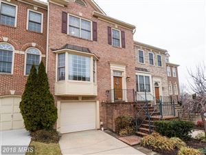 Photo of 3932 BARCROFT MEWS CT, FALLS CHURCH, VA 22041 (MLS # FX10140684)