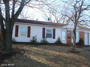 Photo of 801 MAPLE AVE W, STERLING, VA 20164 (MLS # LO10137693)