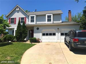 Photo of 5437 BRADDOCK RIDGE DR, CENTREVILLE, VA 20120 (MLS # FX10249698)