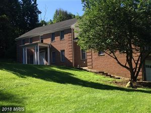 Photo of 5787 HUNTON WOOD DR, BROAD RUN, VA 20137 (MLS # FQ10288710)