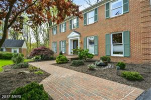 Photo of 10900 ROUNDTABLE CT, NORTH BETHESDA, MD 20852 (MLS # MC9913712)