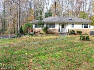 Photo of 8112 ACCOTINK DR, ANNANDALE, VA 22003 (MLS # FX10108729)