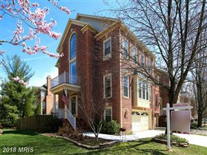 Photo of 15 STERLING CT, ROCKVILLE, MD 20850 (MLS # MC10190764)