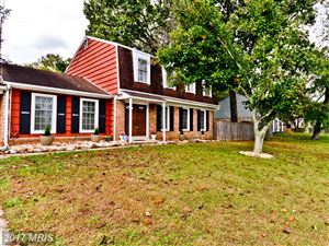 Photo of 9401 PINE VIEW LN, CLINTON, MD 20735 (MLS # PG10107803)