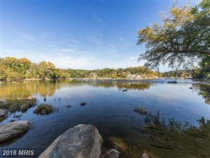 Photo of 703 POTOMAC KNOLLS DR, McLean, VA 22102 (MLS # FX9824807)