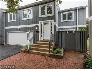 Photo of 11324 LINKS CT, RESTON, VA 20190 (MLS # FX10034825)