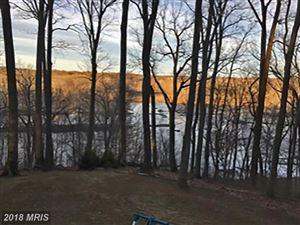 Photo of 9214 POTOMAC RIDGE RD, GREAT FALLS, VA 22066 (MLS # FX10249832)