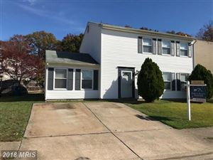 Photo of 7203 BEVERLY PARK DR, SPRINGFIELD, VA 22150 (MLS # FX10100840)